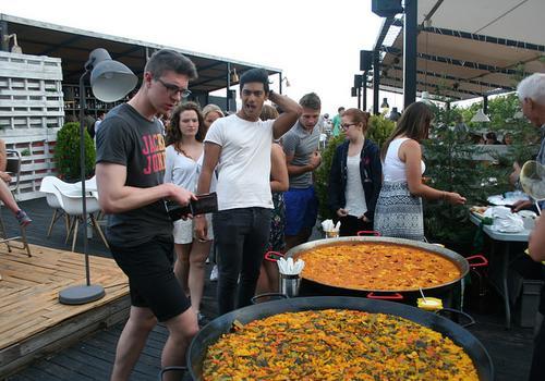 TARONJA- Paella Party