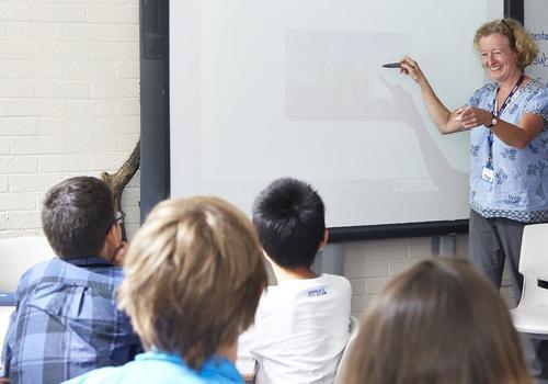 Bournemouth Collegiate School - Durante le lezioni