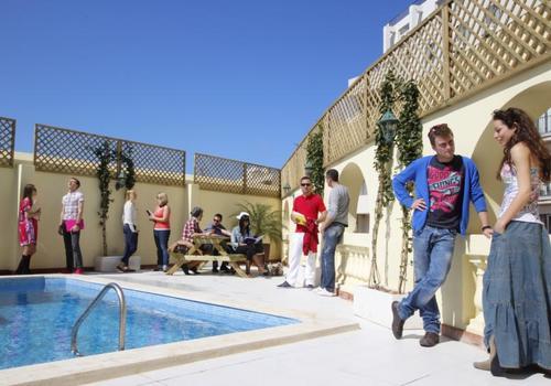 La piscina nella terrazza