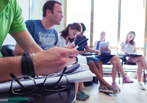 Gli studenti a lezione