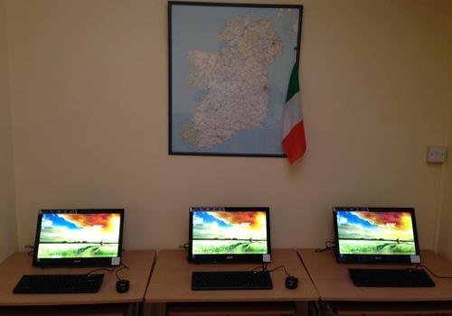 computer in aggiunta per gli studenti