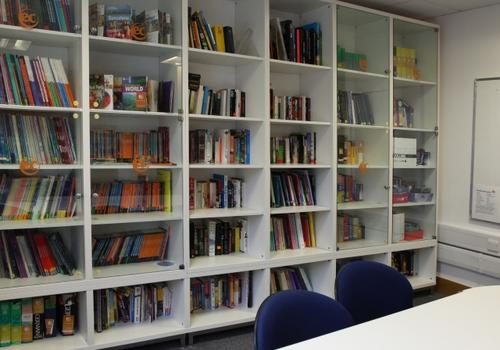 EC Brighton - La biblioteca